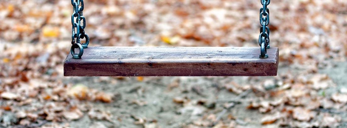 Columpio de madera casero