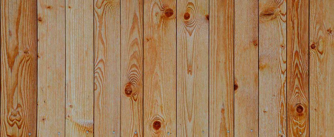 ¿Cómo colocar tú mismo un friso de madera en casa?
