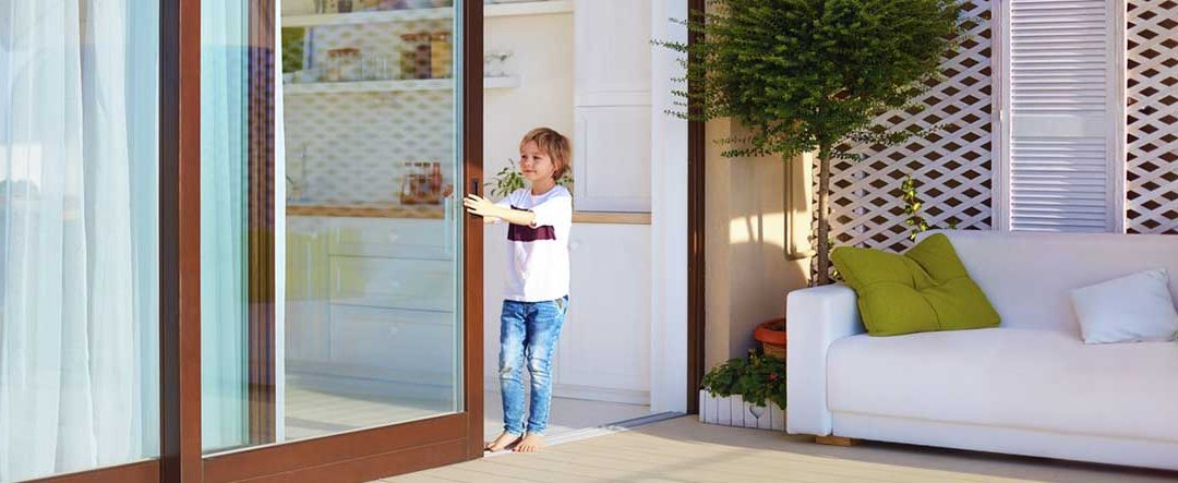 Cómo realizar el cerramiento de tu terraza. Materiales y consejos.
