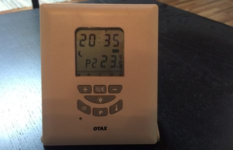 emisor de un termostato inalámbrico
