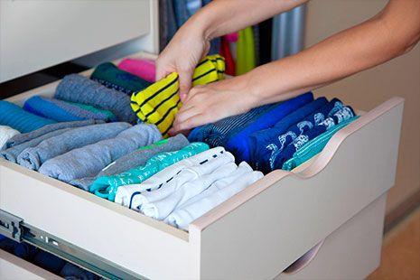 C mo organizar un armario peque o canalhogar - Como organizar un armario empotrado pequeno ...