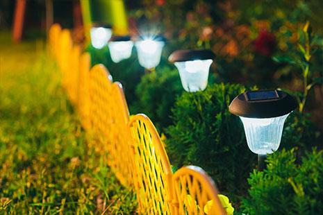 Decora El Jardin Con Luces Solares Canalhogar