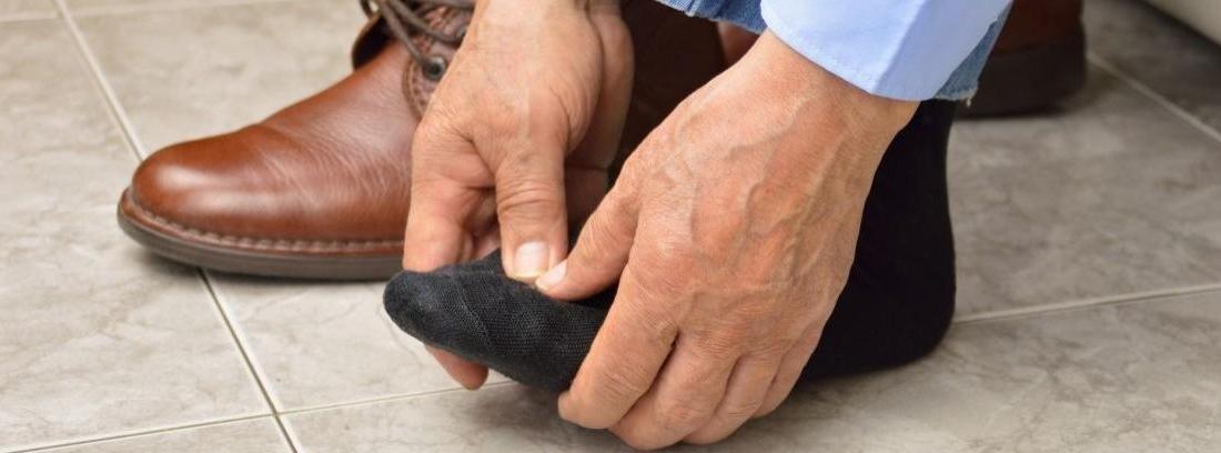 hombre daño zapato