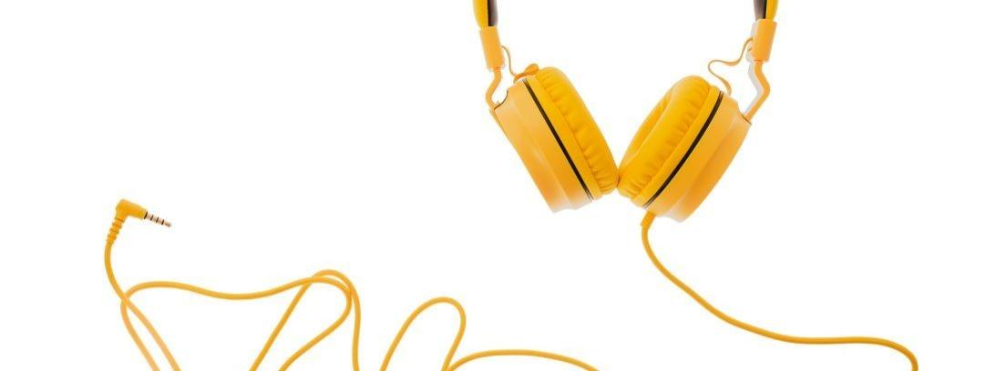 Cambiar la clavija de los auriculares
