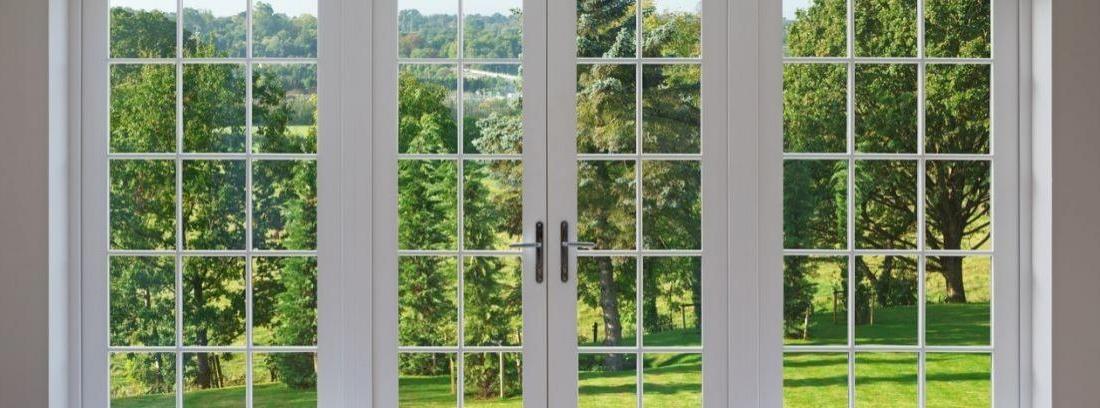 Cambiar o instalar cristales en una puerta interior for Como cambiar una puerta de interior