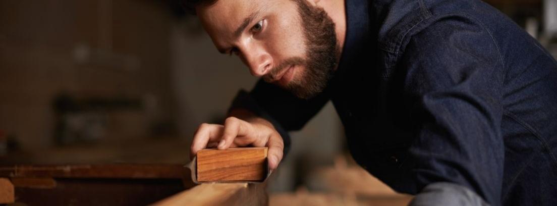 Cepillo de carpintero: qué es y cuáles son sus usos