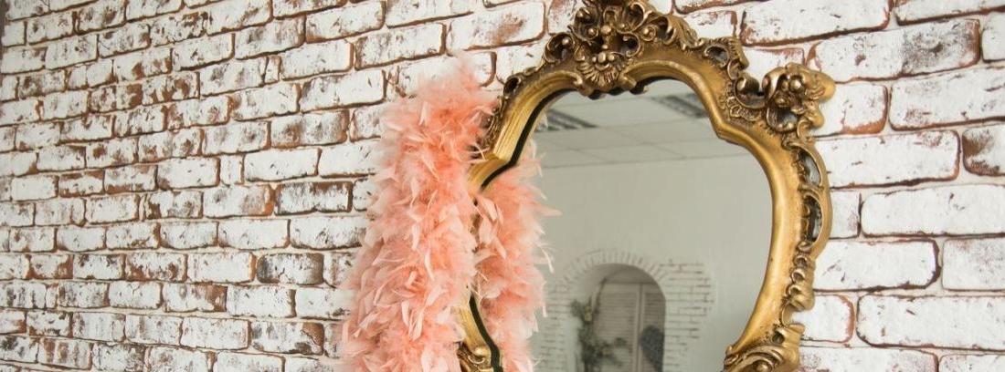 Cómo decorar el marco de un espejo -canalHOGAR