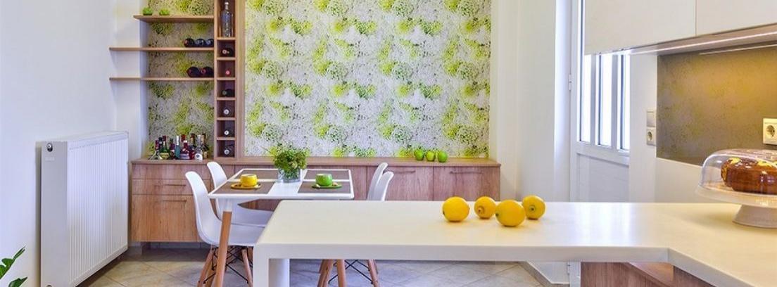 Empapelar azulejos de la cocina