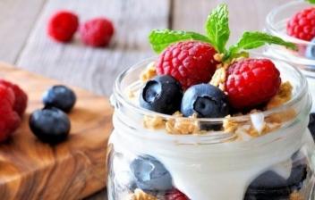 Cómo hacer yogur helado casero