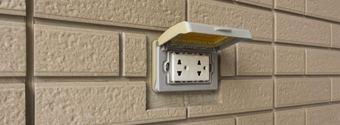 Cómo instalar enchufes de exterior y qué tener en cuenta