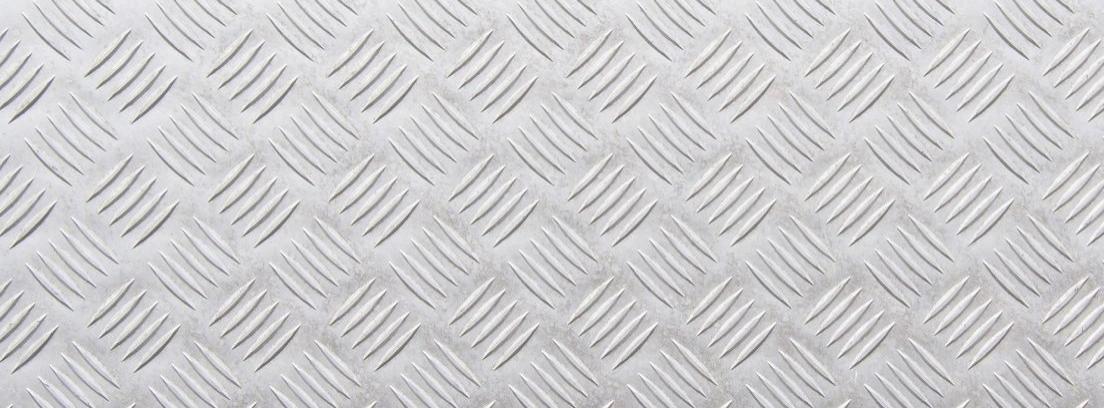 Cómo limpiar la pintura del aluminio