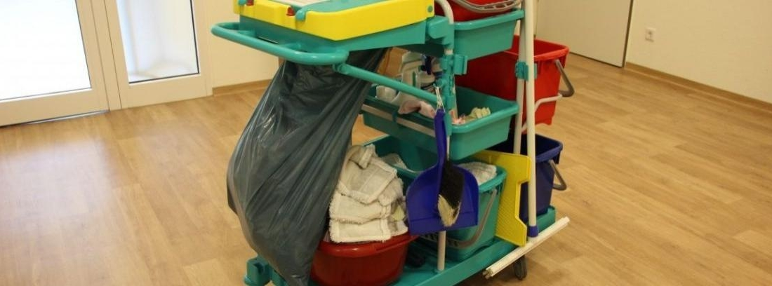 C mo limpiar los suelos en funci n del material y sus - Como limpiar suelo porcelanico ...