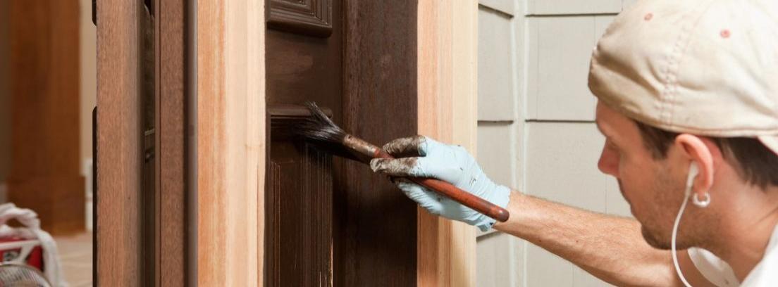 Renueva y pinta tu puerta de exterior