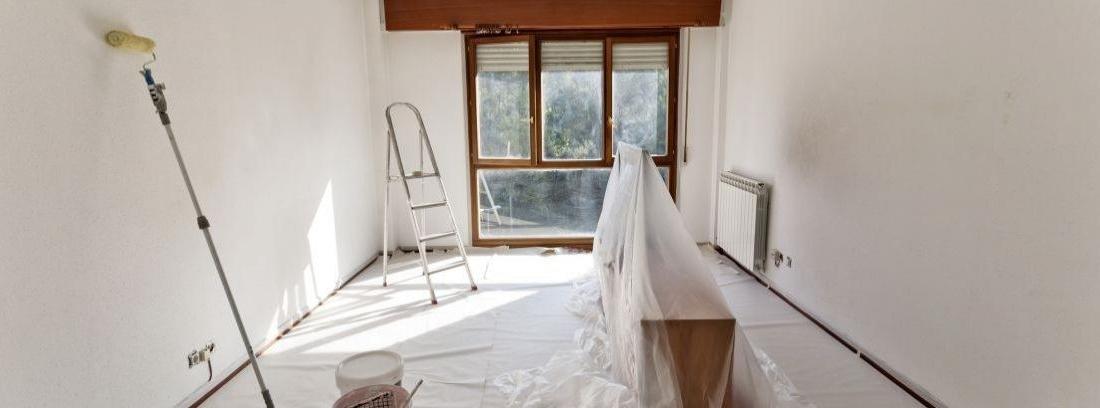 Cómo quitar un tapiz de la pared - canalHOGAR 4d122cc4ec7