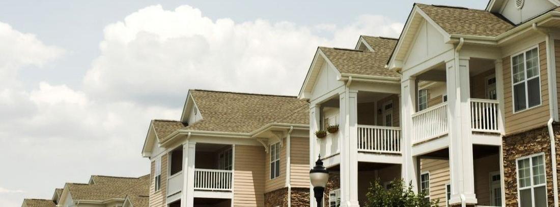 Contratación servicios comunidad propietarios