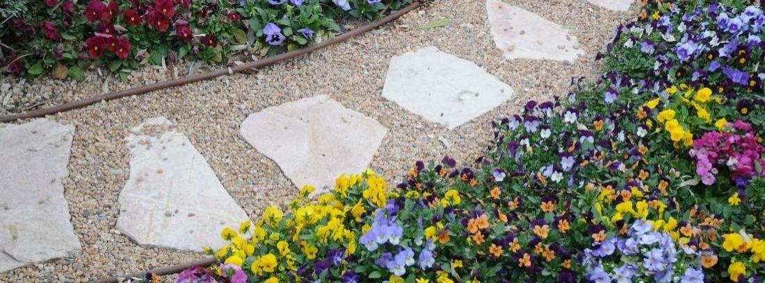 Camino de grava para el jardín