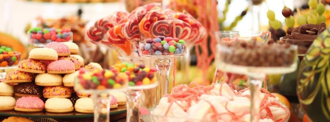 Crear una mesa de dulces para el cumpleaños de tu hijo