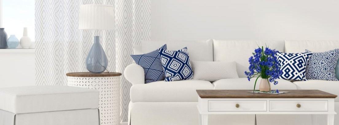 La decoración con muebles blancos