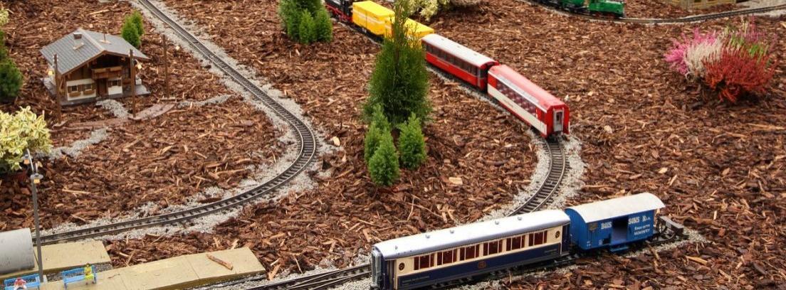 Decorar el jardín con traviesas de tren
