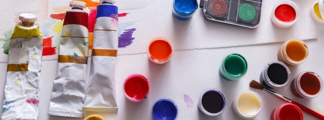Elegir entre pintura acrílica y pintura vinílica