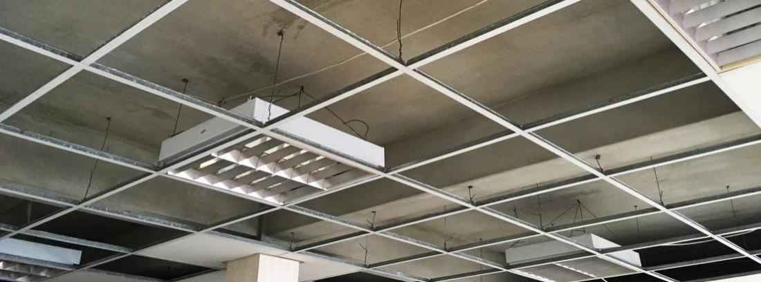 ¿Falso techo continuo o registrable?