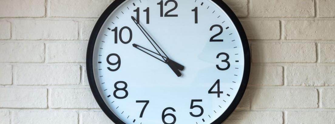 Hacer un reloj de pared con fotos de Instagram