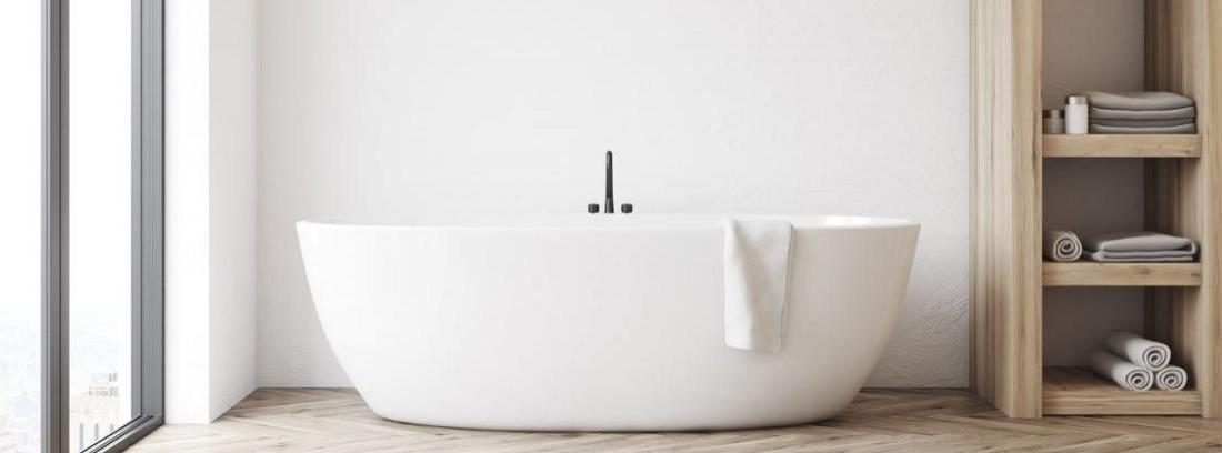 Cómo lacar una bañera