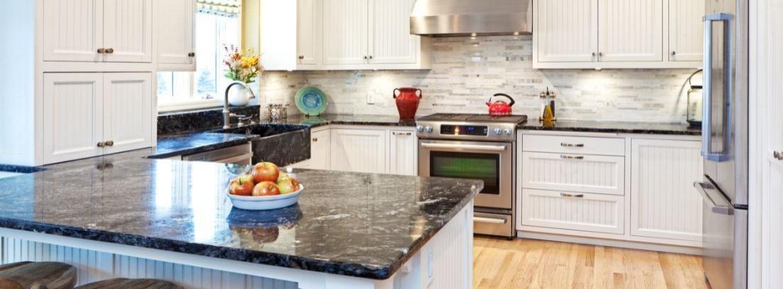 Consejos de limpieza para eliminar restos de jabón sobre granito