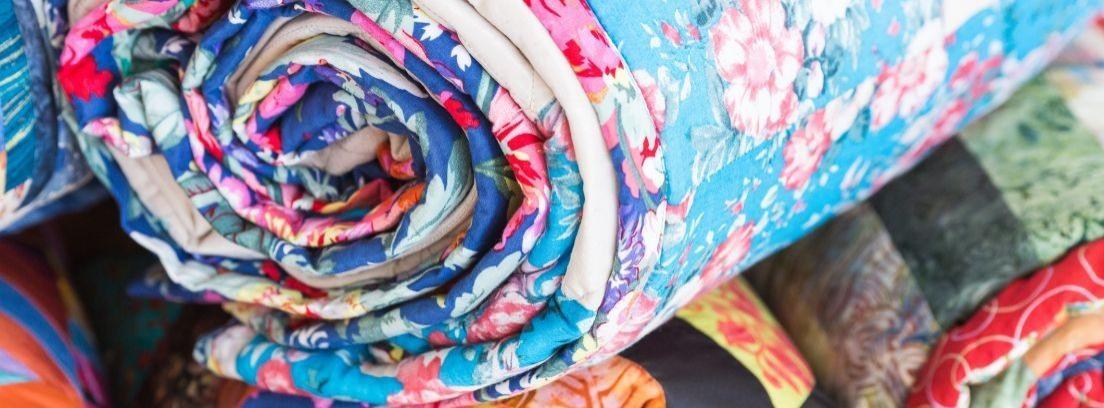 colchas hechas con retales de telas