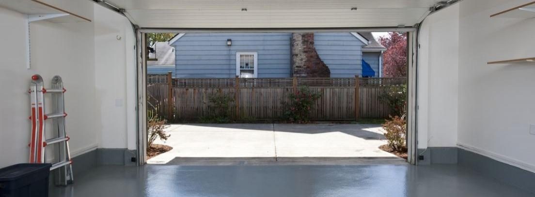 Armarios y trasteros en el garaje: permisos y límites