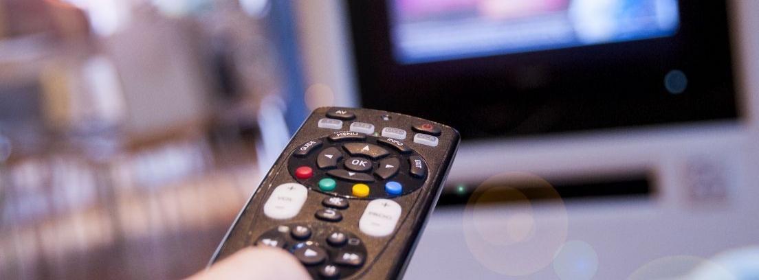 Quitar la suciedad del mando a distancia