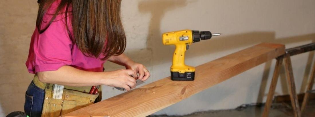 Taladrar y cortar madera sin estropearla