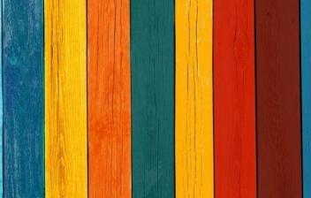 Madera de distintos colores