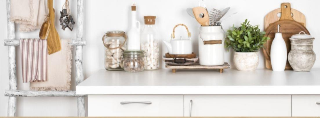 Trucos para limpiar tu cocina a fondo