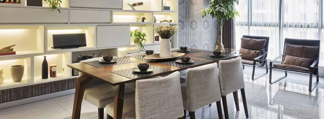 Tapiza y diferencia tus sillas de comedor