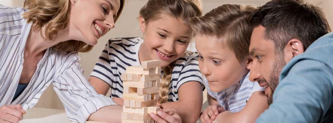 Los Mejores Juegos Para Jugar En Familia En Casa Canalhogar