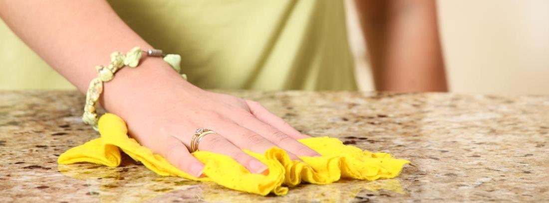 Cómo limpiar y mantener el mármol de casa