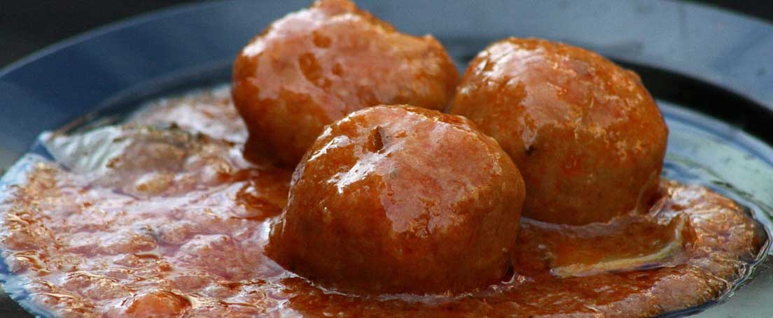 Albóndigas de Atún con tomate