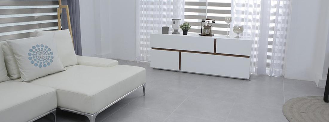 Sofá blanco de tipo modular
