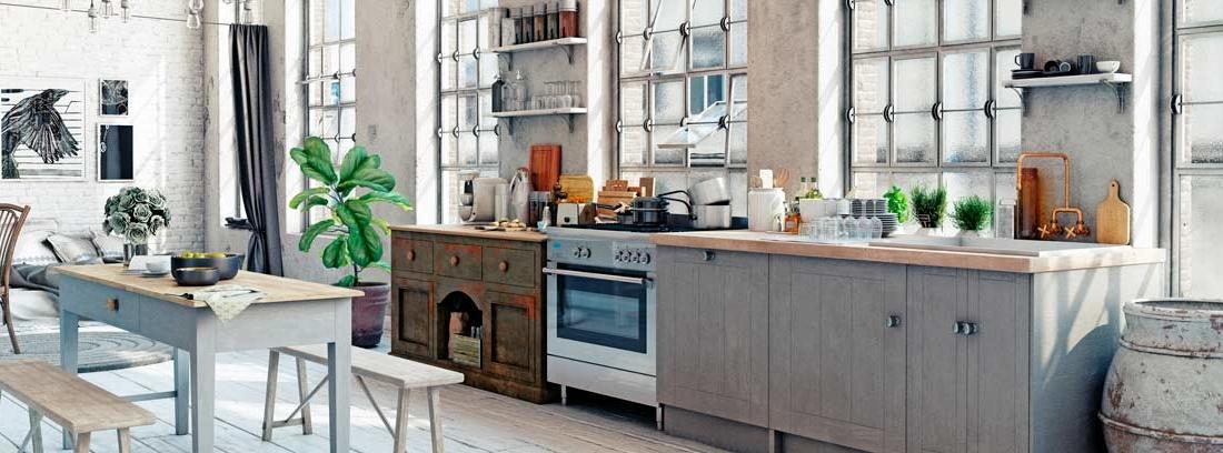 Diseño de cocina industrial en tonos blancos y marrones con elementos de acero