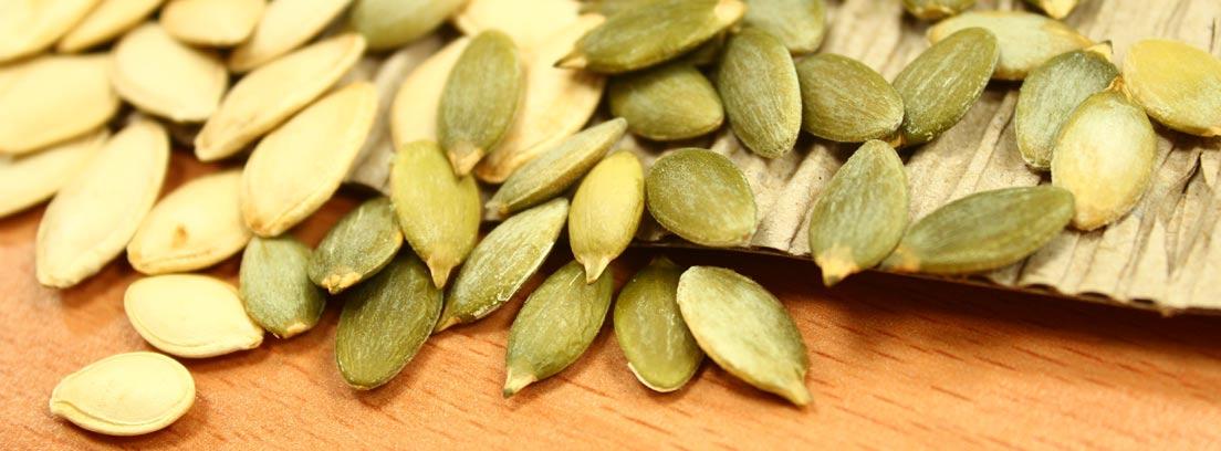 Semillas de calabaza blancas y verdes