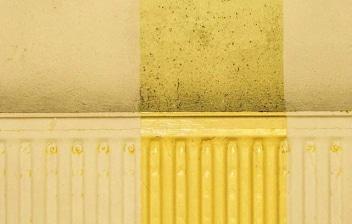 Radiador pintado de amarillo