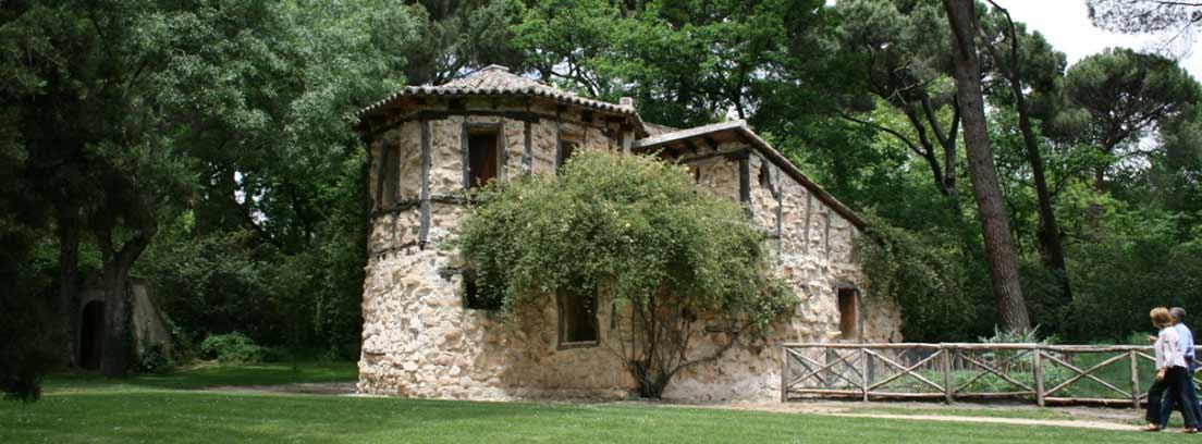 Casa de la Vieja en el parque de El Capricho