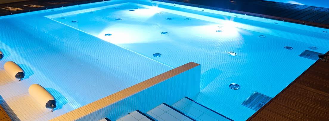 Sistemas de iluminación de piscinas
