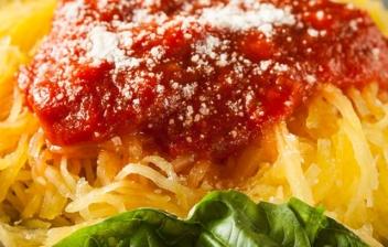 Espaguetis de calabacín a la boloñesa