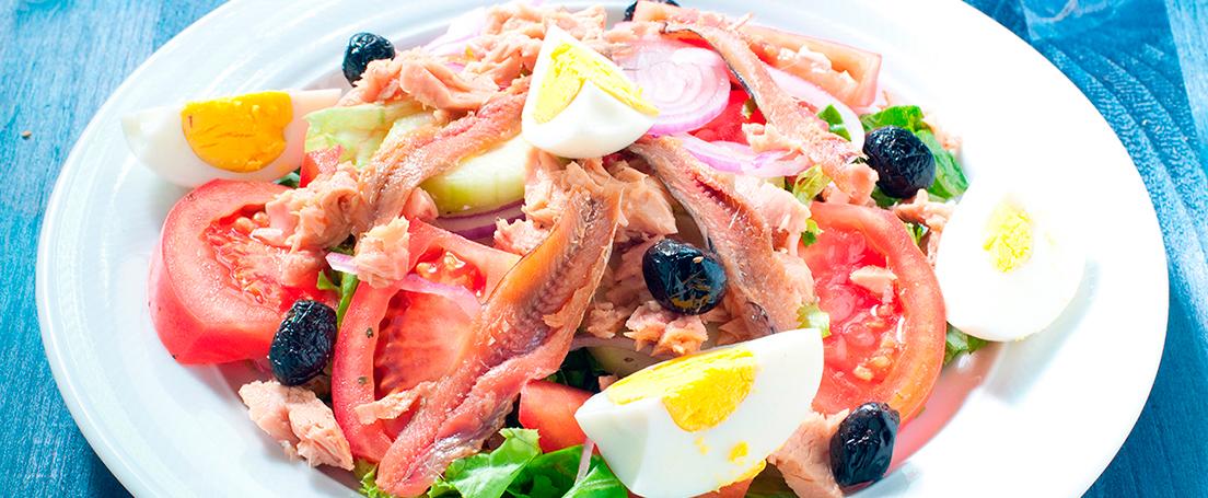Ensalada de anchoas y atún