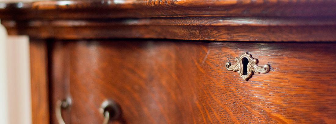 Detalle de un mueble antiguo