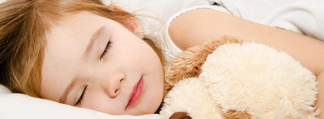Trucos para ayudar a tu hijo a no mojar la cama