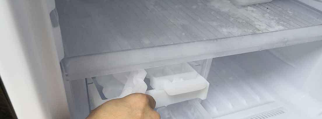 Cómo evitar el hielo en el congelador