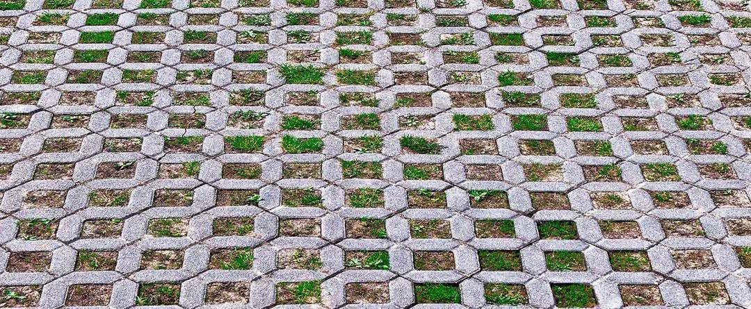 Cómo colocar e instalar pavicésped en tu propio jardín
